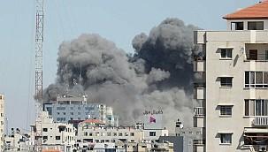 İsrail Gazze'de Medya Merkezini Vurdu!