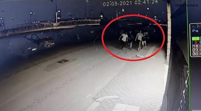 Kısıtlamayı ihlal eden gençler polisi görünce böyle kaçtı