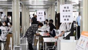 Kitlesel aşılama merkezleri Japonya'da faaliyete başladı