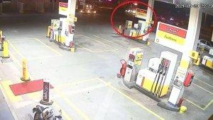 Polis denetim noktasında alkollü sürücü dehşeti kameralara yansıdı