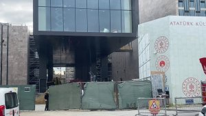 Taksim AKM'de korkutan yangın