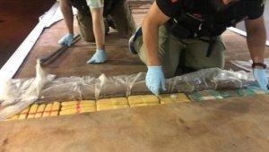 TEM'deki aracın tabanından 139 kilo 350 gram eroin çıktı