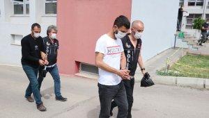 Tırda uyuşturucuyla yakalanan 2 kişi tutuklandı