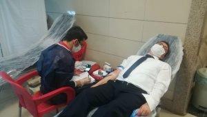 Başsavcısı Dönmez'den kan bağışı