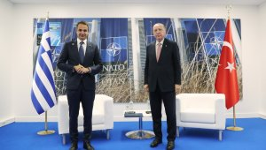 Cumhurbaşkanı Recep Tayyip Erdoğan'ın Brüksel'de Yunanistan Başbakanı Kiriakos Miçotakis ile görüşmesi başladı.