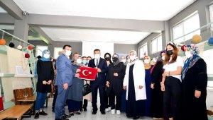 Gürkan'dan girişimci kadın kooperatifine ziyaret