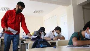 Kızılay'ın eğitim verdiği öğrenciler LGS'ye hazır