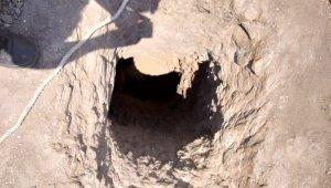 Mağaraya giren 2 kişiden biri öldü, diğeri kurtarılmaya çalışılıyor