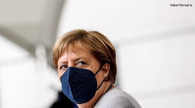 Merkel, korona virüs aşısının ikinci dozunu Moderna'dan yaptırdı