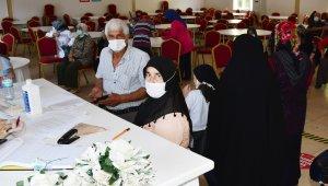 230 kişinin aşısı yapıldı