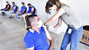 Antalya OSB'de 2'inci ve 3'üncü doz aşılama başladı