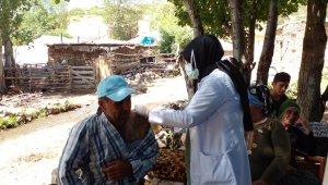 Bingöl'de köylerde aşılama çalışmaları devam ediyor