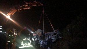 Bursa'da zincirleme kaza : 1 ölü, 2'si ağır 5 yaralı