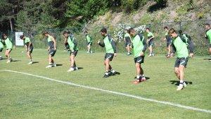 Bursaspor yeni sezona ağır antrenmanlarla hazırlanıyor