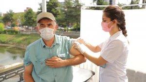 Çarşamba 55 bin 555 aşı için kolları sıvadı