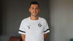 """Ceyhun Gülselam: """"Süper Lig'den birçok teklif aldım ama Altay'ı seçerek doğru bir karar verdim"""""""