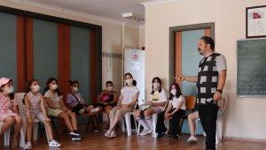 Çocuk Sinema Okulu'nda dersler başladı