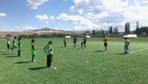 Felahiye'de futbol coşkusu