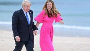 İngiltere Başbakanı Johnson bir kez daha baba olmaya hazırlanıyor
