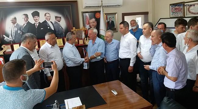 MHP'li meclis üyesi AK Parti'ye geçti
