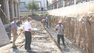 Müdür Başyiğit, okul inşaatlarında incelemelerde bulundu