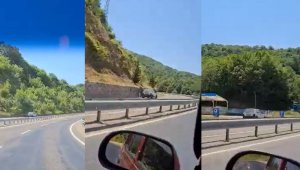 Otomobili ile ters şeritte ilerleyen sürücü tehlike saçtı