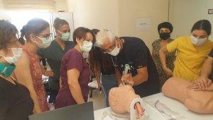 Sağlıkçılara acil durum eğitimi verildi
