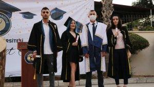 Toros Üniversitesinde mezuniyet heyecanı
