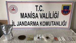 Uyuşturucu yapımında kullanılan maddelerle yakalandı