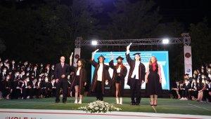 YKS'de ilk bine giren 8 GKV öğrencisi 10 derece elde etti