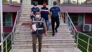 236 yıl ile hapis cezasıyla aranıyordu, polis operasyonuyla yakalandı