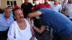 """Aşı oranı en düşük ilçelerden Hasköy'de belediye başkanından """"aşı"""" seferberliği"""