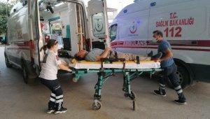 Bursa'da hafif ticari araç ile otomobil çarpıştı: 4 yaralı