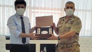 Jandarma komutanı Aslan, Rektör Karacoşkun'la bir araya geldi