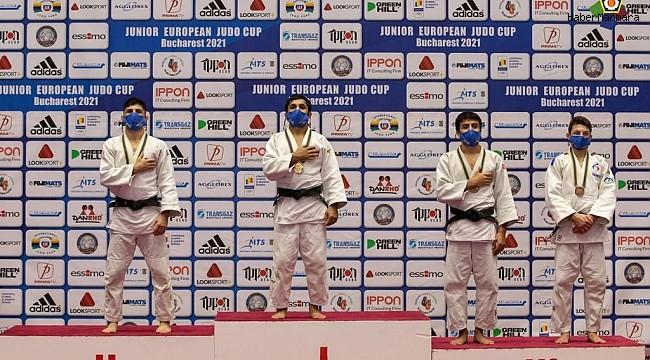 Judocular Avrupa'da fırtına gibi esti
