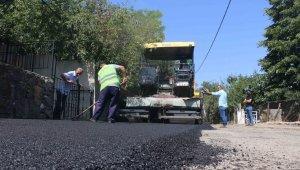 Kartal Yakacık Yeni Mahalle'de asfalt seferberliği