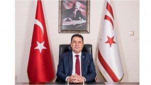 """KKTC Başbakanı Saner: """"Rusya, kendisinin Kırım'da attığı adımlara baksın"""""""