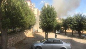 Silvan'da korkutan çöp yangını