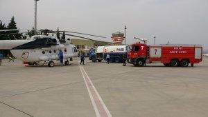 Süleyman Demirel Havalimanı'nda yangınlarla mücadelede yoğun mesai
