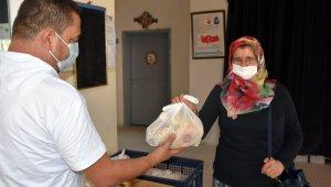 Tarsus Belediyesi, çölyak hastalarına glütensiz ekmek dağıtımına devam ediyor
