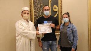 Alman vatandaşı olan adam törenle Müslüman oldu