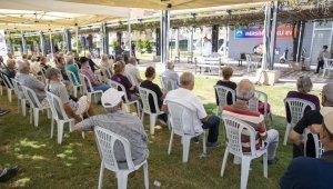 Büyükşehir Belediyesi, yaşlıları Alzheimer konusunda bilgilendirdi