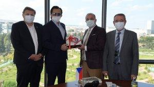 Çek-Türk iş birliği ve yatırım fırsatları değerlendirildi