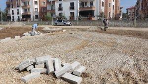 Düzce'de parksız mahalle kalmayacak