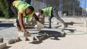 Efeler Belediyesi, yol çalışmalarına hız verdi