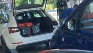 İngiliz Bakan Shapps'tan sürücülere 'fazla benzin almayın' çağrısı