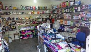 Kadın girişimci Ukrayna'dan geldiği Çınar ilçesinde mikro kredi alarak iş yeri açtı