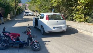 Karabük'te otomobil ile motosiklet çarpıştı: 1'i ağır 2 yaralı