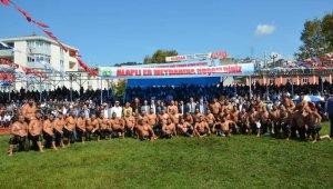 Karadeniz Kırkpınarında başpehlivan İsmail Balaban oldu