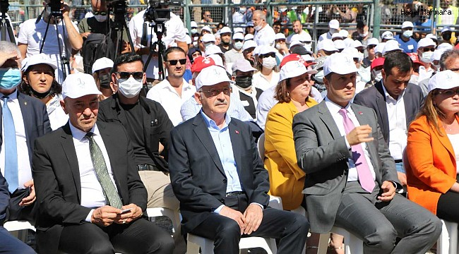 Kılıçdaroğlu, İzmirli depremzedelerle bir araya geldi